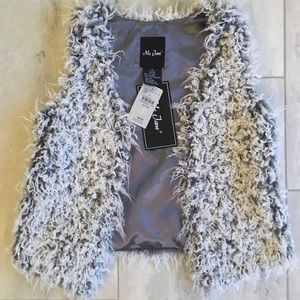 NWT Girls Faux Fur Vest - Medium 10/12 - Me Jane